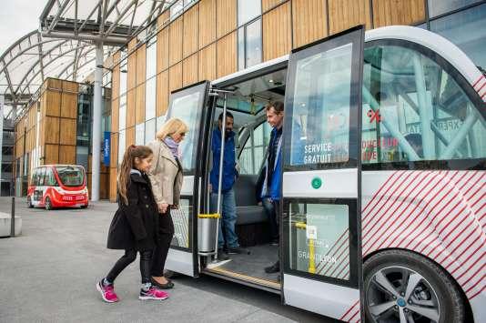 Navly, la navette électrique autonome expérimentée depuis septembre 2016 dans le quartier Confluence, à Lyon.