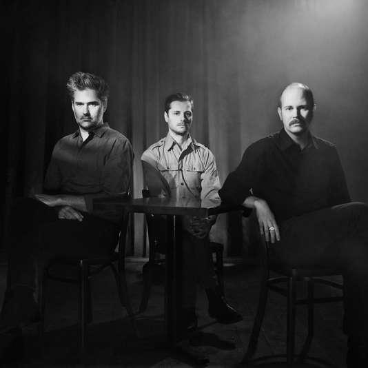 Timber Timbre sort sont cinquième album, «Sincerely, Future Pollution» (City Slang).