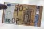 «Nous assistons à la fin du règne des fonds en euros. Véritable spécificité française, ils ont longtemps dissuadé les Français de prendre des risques ; ses rendements moribonds devraient s'établir à 1,5 % en moyenne pour 2017.»