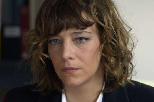 Céline Sallette dans le film français deNicolas Silhol,« Corporate».
