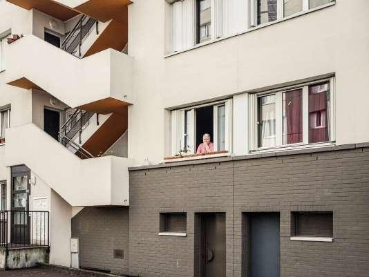 Ascenseurs en panne, trafic, trous dans les murs… Le quotidien à la cité de l'Europe.