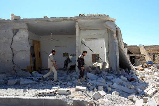 Après l'attaque survenue mardi 4 avril à Khan Cheikhoun, une localité du nord-ouest de la Syrie.