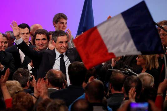François Fillon, candidat de la droite à la présidentielle, lors d'un meeting à Provins (Seine-et-Marne), le mercredi 5 avril.