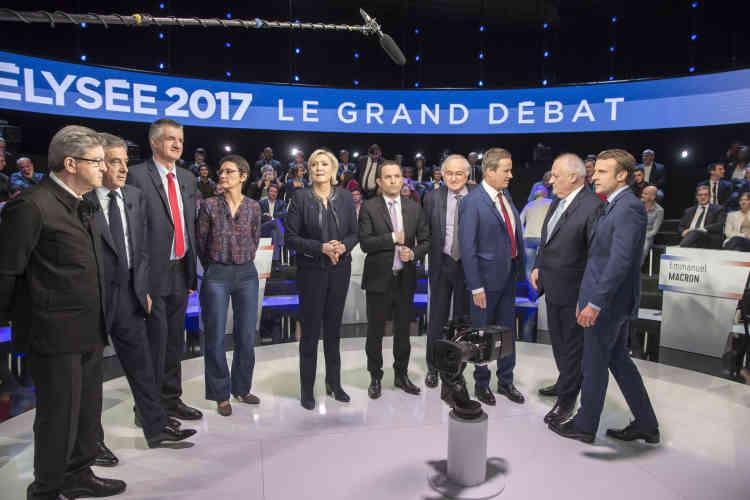 Il n'y aura que dix candidats sur la « photo de famille» : Philippe Poutou a refusé de poser.