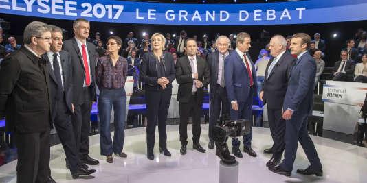 Débat télévisé entre les onze candidats à la présidentielle 2017 sur BFM-TV et CNews au studio 210 de La Plaine Saint-Denis, mardi4avril2017.