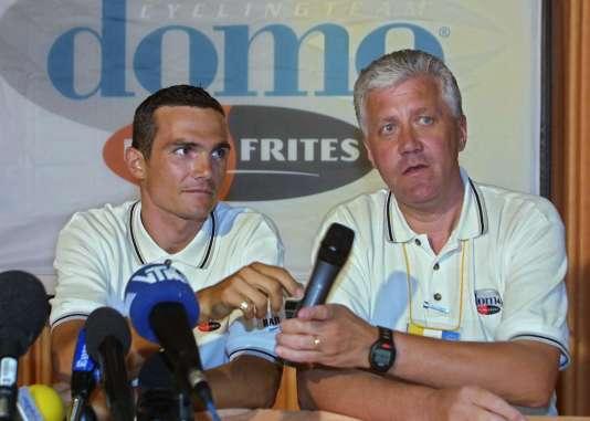 En 2001, à l'issue de sa suspension pour dopage, Richard Virenque trouve refuge chez Domo-Farm Frites, dirigée par Patrick Lefevere.
