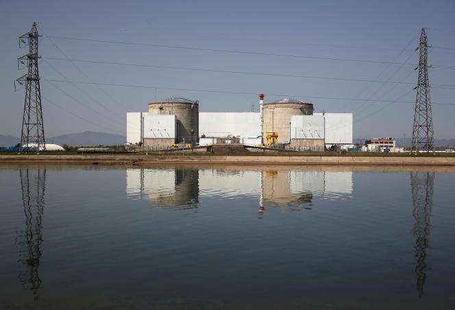 La centrale nucléaire de Fessenheim, dans le Haut-Rhin, le 10 avril 2017.