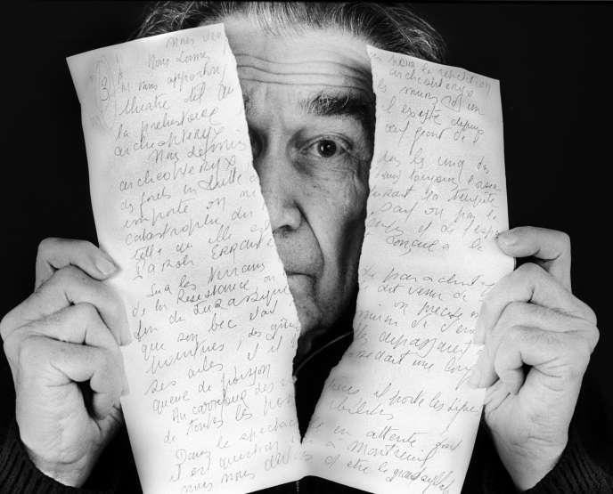 Le poète et dramaturge Armand Gatti, en 2006.