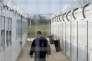 Le camp de Tompa sert à retenir les demandeurs d'asile ayant été autorisé à franchir la frontière serbo-hongroise le temps que leur procédure aboutisse. Le camp a été vidé de ses habitants et nettoyé en vue de la venue de journalistes, jeudi 6avril.