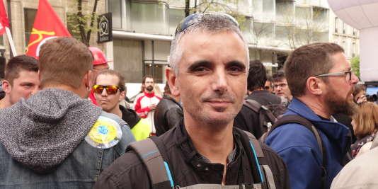 Alain Posez travaille depuis vingt ans à la centrale de Fessenheim. Il critique une«décision facile» du gouvernement et d'EDF.