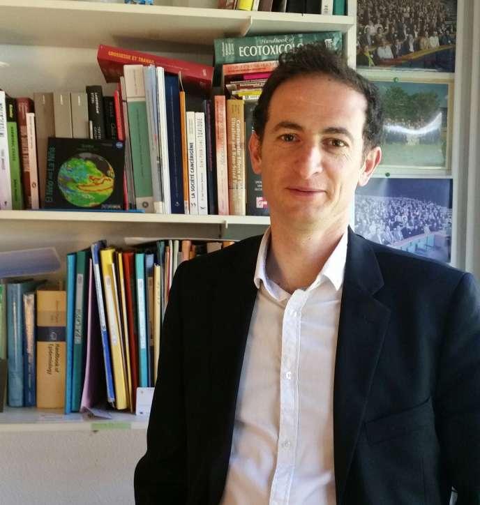 Rémy Slama est épidémiologiste environnemental et directeur de recherche à l'Inserm de Grenoble