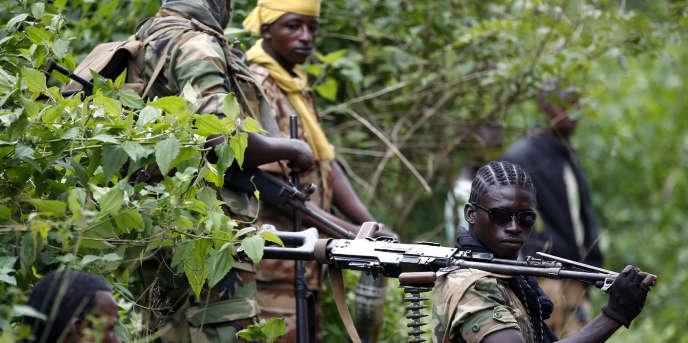 Des combattants del'ex-Séléka près de la ville de Kuango, au sud de la Centrafrique, en juin 2014.