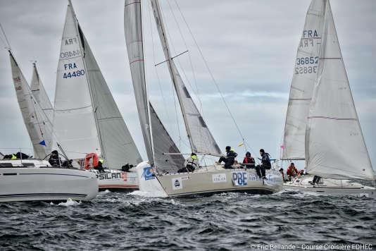 A la course de voile historique, le Trophée mer, ont été ajoutés les Trophées terre et sable.