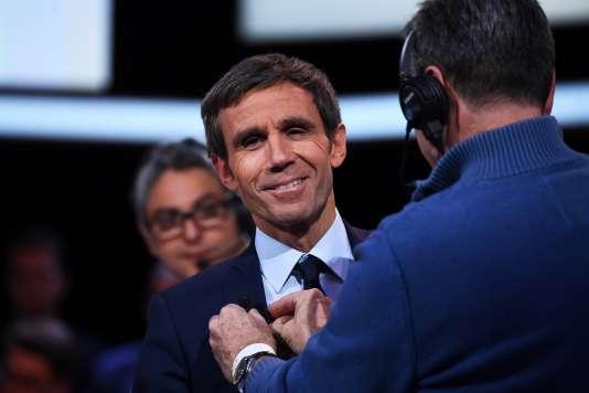 Le journaliste de France 2 David Pujadas, dans les studios de l'Emission politique, le 9 mars.