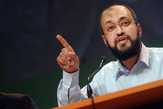 Hani Ramadan, directeur du centre islamique de Genève lors de la réunion de l'UOIM au Bourget (Seine-Saint-Denis) en avril 2007.