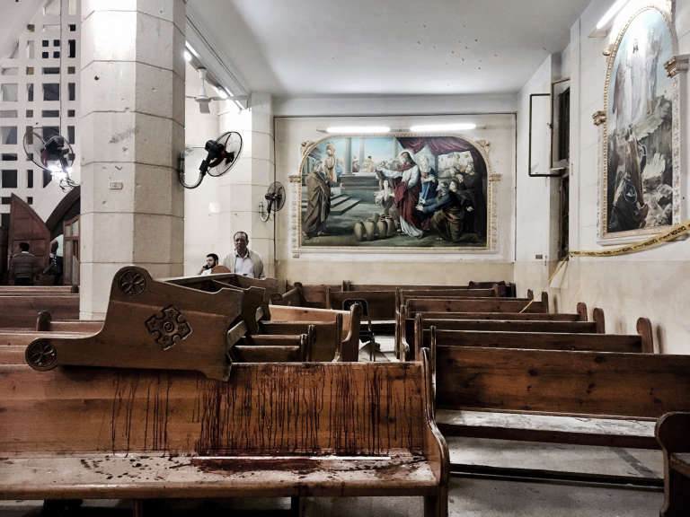 L'église Saint-Georges de Tanta après l'attentat, le 9 avril.