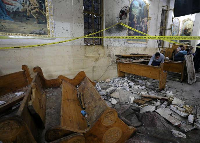 L'église Saint-Georges, à Tanta (Egypte), après un attentat, dimanche 9avril.