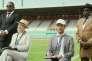 Digbeu Cravate, Andrea Schieffer, Antoine Gouy etMichel Gohou dans le filmfrançais de Mamane,«Bienvenue au Gondwana».