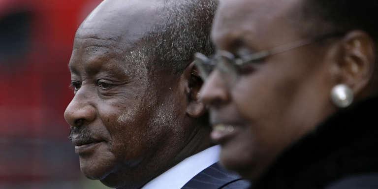 Le président ougandais, Yoweri Museveni, et son épouse et ministre de l'éducation (depuis 2016), Janet Museveni, à Londres, en 2008.