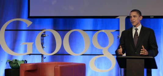 L'ancien président des Etats-Unis, Barack Obama, lors de son discours au siège de Google, en Californie, le 14novembre 2007, avant son entrée à la Maison Blanche.