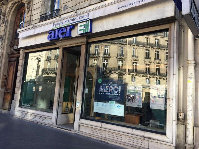 L'assurance-vie va-t-elle prendre un virage solidaire? Une agence de l'Afer dans le 9earrondissement de Paris.