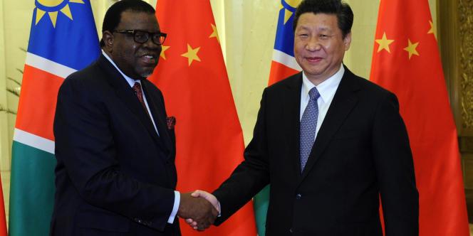 Les dirigeants namibien, Hage Geingob, et chinois, Xi Jinping, en 2014, à Pékin.