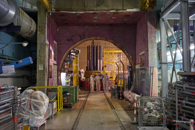 Réacteur nucléaire de Chooz A en démantèlement par EDF sur la commune de Chooz dans les Ardennes, le 5 avril.
