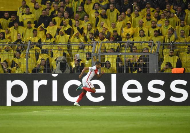 A 18 ans, Kylian Mbappé devrait poursuivre son ascension vertigineuse au PSG.