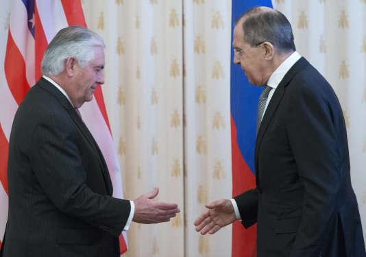 Rencontre entre Rex Tillerson et Sergueï Lavrov, le 12 avril à Moscou.