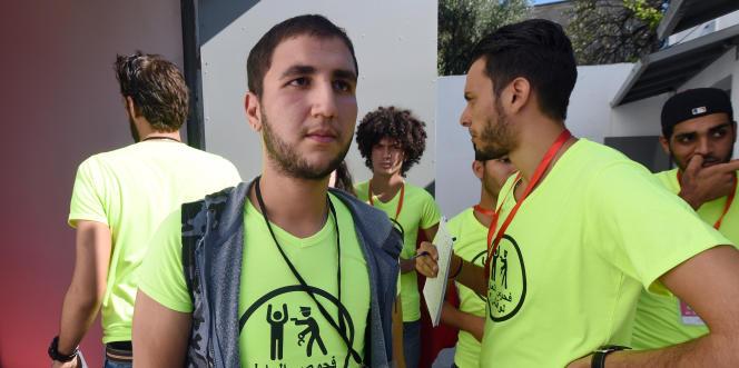 Des membres de l'associationtunisienne Shams, qui milite pour la dépénalisation de l'homosexualité, en octobre 2015, à Tunis.