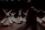 A Konya, la ville où a été fondée la confrérie soufie des Mevlevi, une troupe de derviches tourneurs exécute le sema. Cette danse extatique permet au derviche d'accéder à un état de communion avec Dieu. Berceau du soufisme, ville symbole du miracle économique turc, la métropole anatolienne est le fief des islamo-conservateur qui militent pour la victoire du oui au référendum du 16 avril sur l'élargissement des pouvoirs du président Erdogan. La photographe Nicole Tung a suivi pour « Le Monde » ces militants de l'AKP au début du mois d'avril. L'Américaine, qui a couvert les printemps arabes en 2011, a reçu le prix de la Photographie PX3 pour son travail en Libye, en 2012.