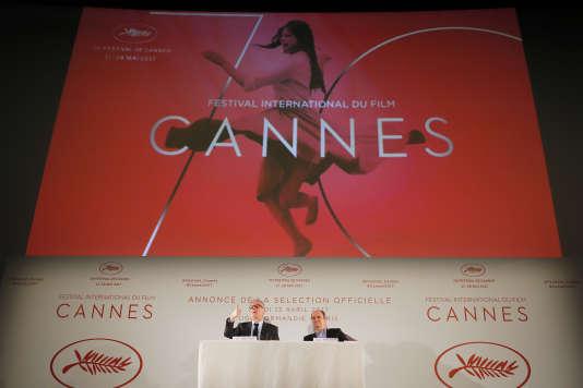 Thierry Frémaux (à gauche) et Pierre Lescure lors de la conférence de presse du 70e Festival de Cannes à Paris, le 13 avril 2017.
