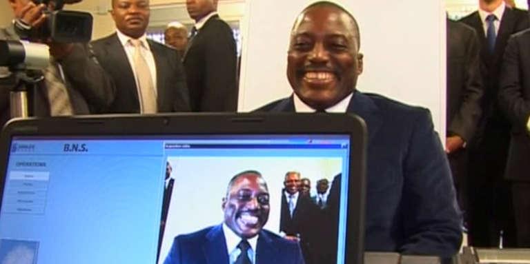 Le président Joseph Kabila, lors du lancement du nouveau passeport biométrique, en novembre 2015.