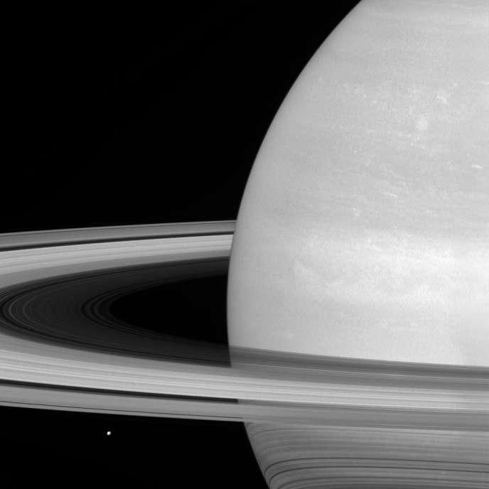 Saturne et ses anneaux, photographiés par la sonde Cassini, fin novembre 2016. NASA/JPL-Caltech/Space Science Institute