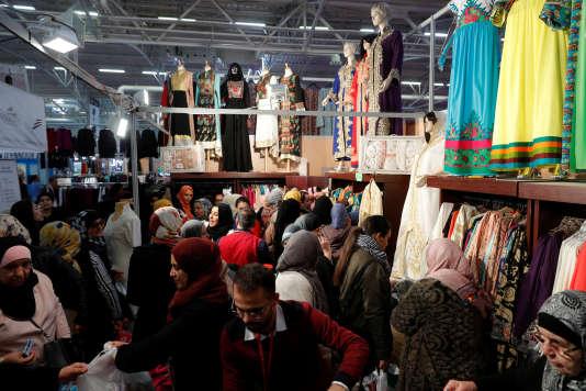 Dans les allées dela 34e rencontre annuelle des musulmans de France, le 15 avril.