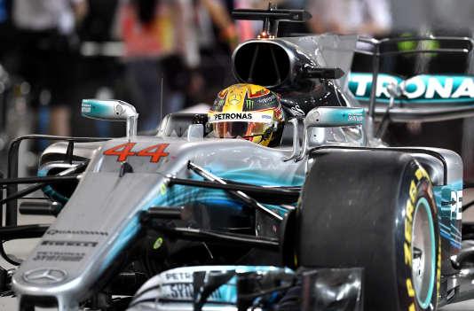 La Mercedes de Lewis Hamilton, deuxième à Bahrein le 16 avril.