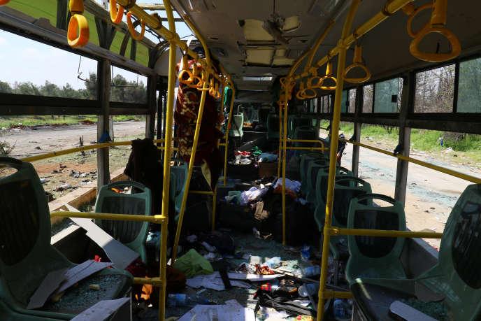 L'évacuation a tourné au carnage samedi lorsqu'un véhicule piégé a visé des bus sortis de Foua et de Kafraya.