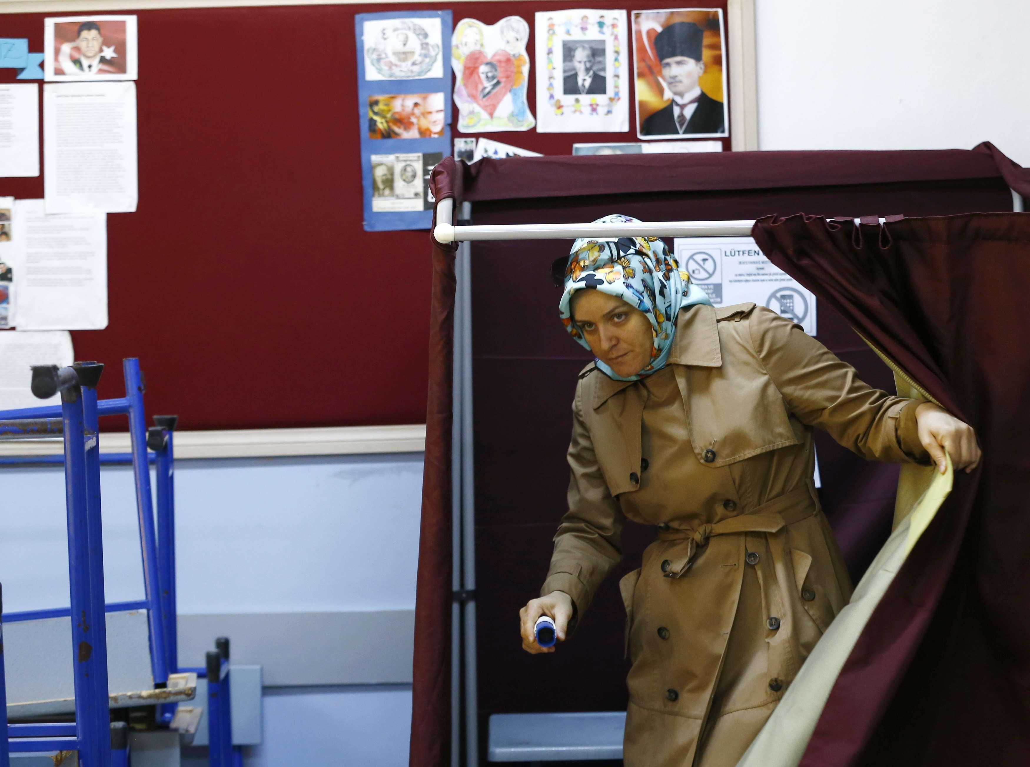 A la veille du vote, Erdogan a tenu quatre meetings à Istanbul. Il a demandé à ses partisans d'aller voter en masse.
