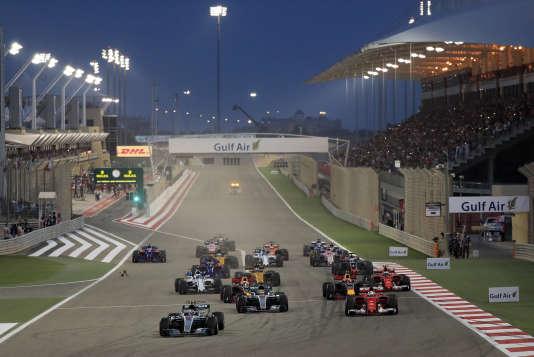 Première pole position pour Valterri Bottas (Mercedes) le 16 avril à Bahrein.