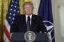 Donald Trump lors de sa conférence de presse commune avec le secrétaire général de l'OTANJens Stoltenberg à la Maison Blanche le12 avril.