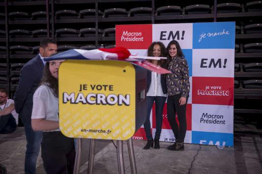 Emmanuel Macron, candidat du mouvement En Marche! à la présidentielle 2017, a tenu un meeting de campagne à l'Accord Arena de Bercy à Paris, lundi 17 avril.
