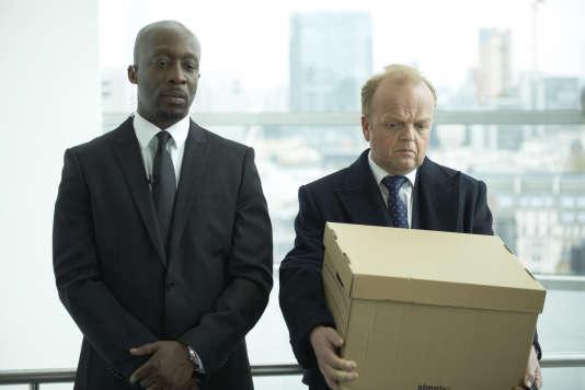 Joseph Kpobie et Toby Jones dans la série« Pepys Road».