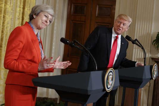 Le président Donald Trump avec la première ministre britannique Theresa May, le 27 janvier à la Maison Blanche, à Washington.
