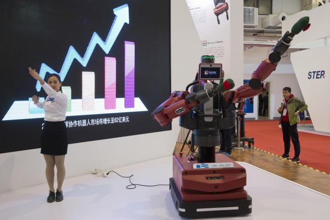 « D'aujourd'hui à dix ans, la contribution à l'emploi direct des robots et de l'intelligence artificielle sera négative, c'est-à-dire plutôt destructrice d'emplois» (Photo: Conférence mondiale sur la robotique, Pékin, octobre 2016).
