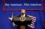 Le président Donald Trump lors de son discours précédent la signature du décret visant à durcir les conditions d'obtention du visa H-1B, le 18 avril dans le Wisconsin.