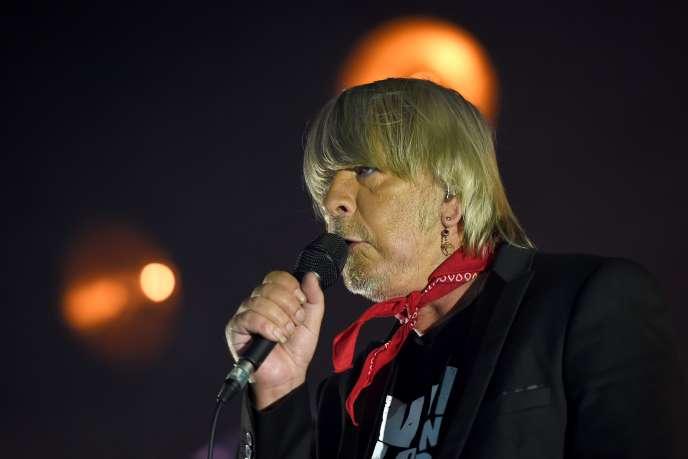 Le chanteur Renaud en concert au 41e Printemps de Bourges, le 18 avril 2017.