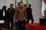 M. Purnama arrive devant la cour qui doit le juger pour blasphème, à Djakarta, le 11 avril.