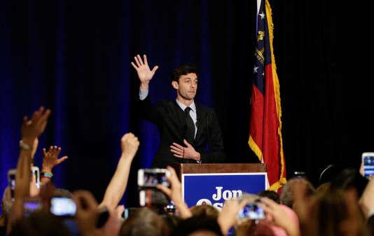 L'adversaire de Jon Ossof au second tour, le 20 juin, sera la républicaine Karen Handel, ancienne secrétaire d'Etat de Géorgie, qui a obtenu 19,8 %.