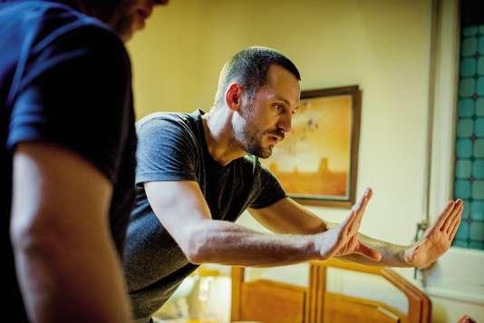 Raul Arévalo sur le tournage de« La Colère d'un homme patient », son premier film.