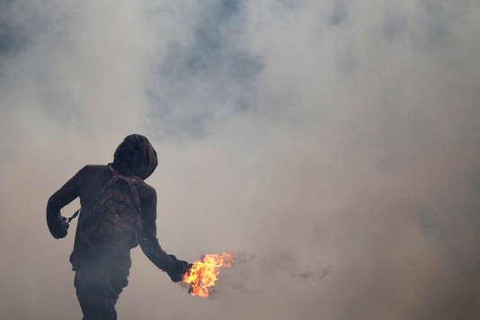 En trois semaines, les violences lors des mobilisations de l'opposition ont fait huit morts.